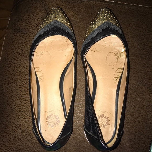 Yellow Box Shoes - Leather look flats with gold tip